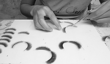 Quality Control for Tip Mellow lashes
