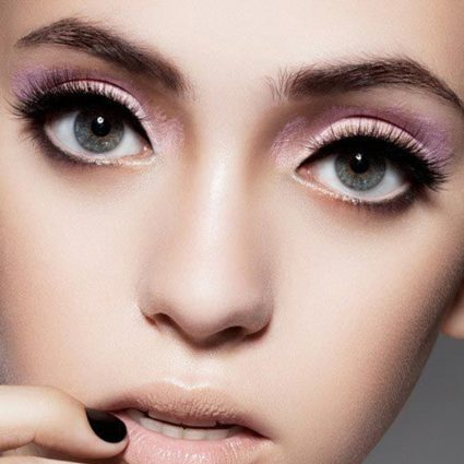 make up hooded eyes